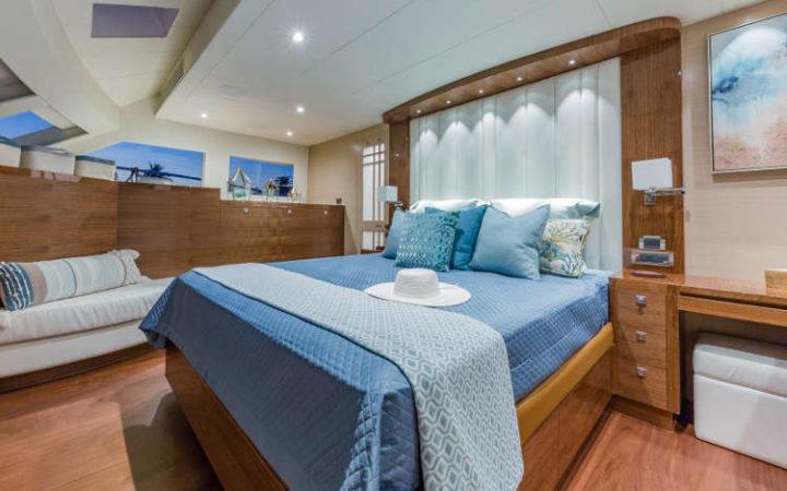 MUCHO GUSTO power catamaran yacht charter cabin-king